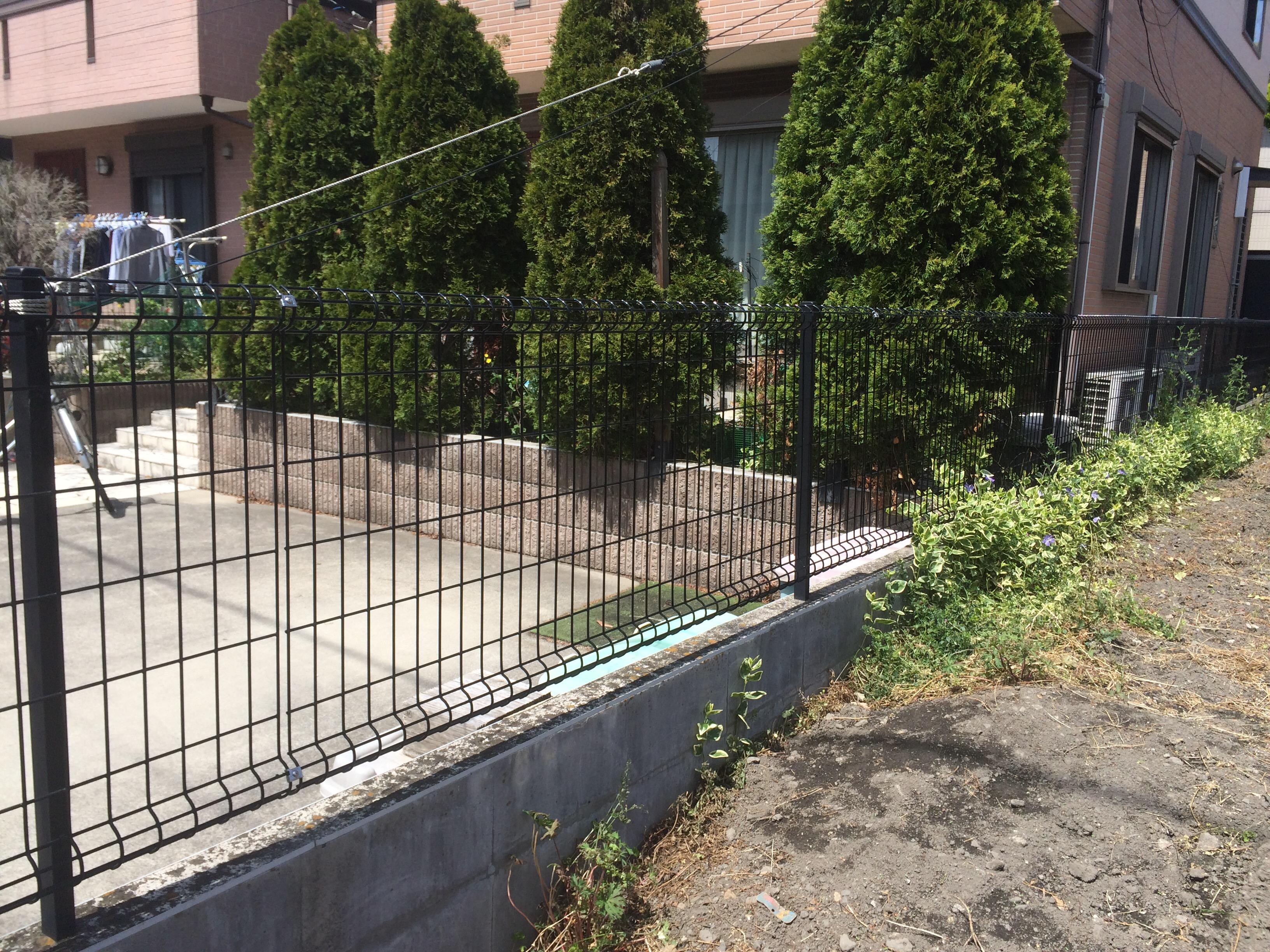 伊奈町Y様邸フェンス交換修理工事 | 埼玉県・上尾のトイレ交換 ...