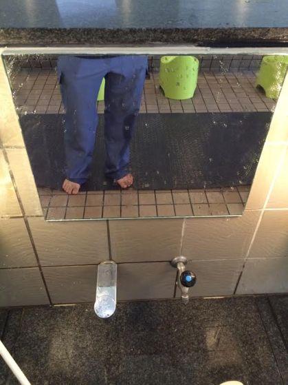 さいたま市おふろcafe utatane様鏡交換工事