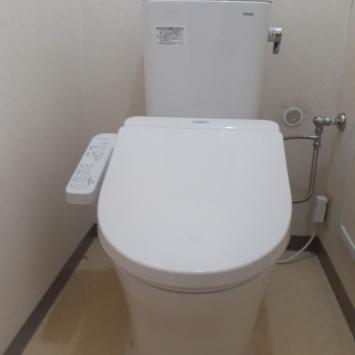 伊奈町I様邸トイレ交換工事を致しました。